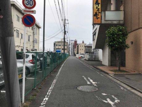 高崎アリーナへの裏道