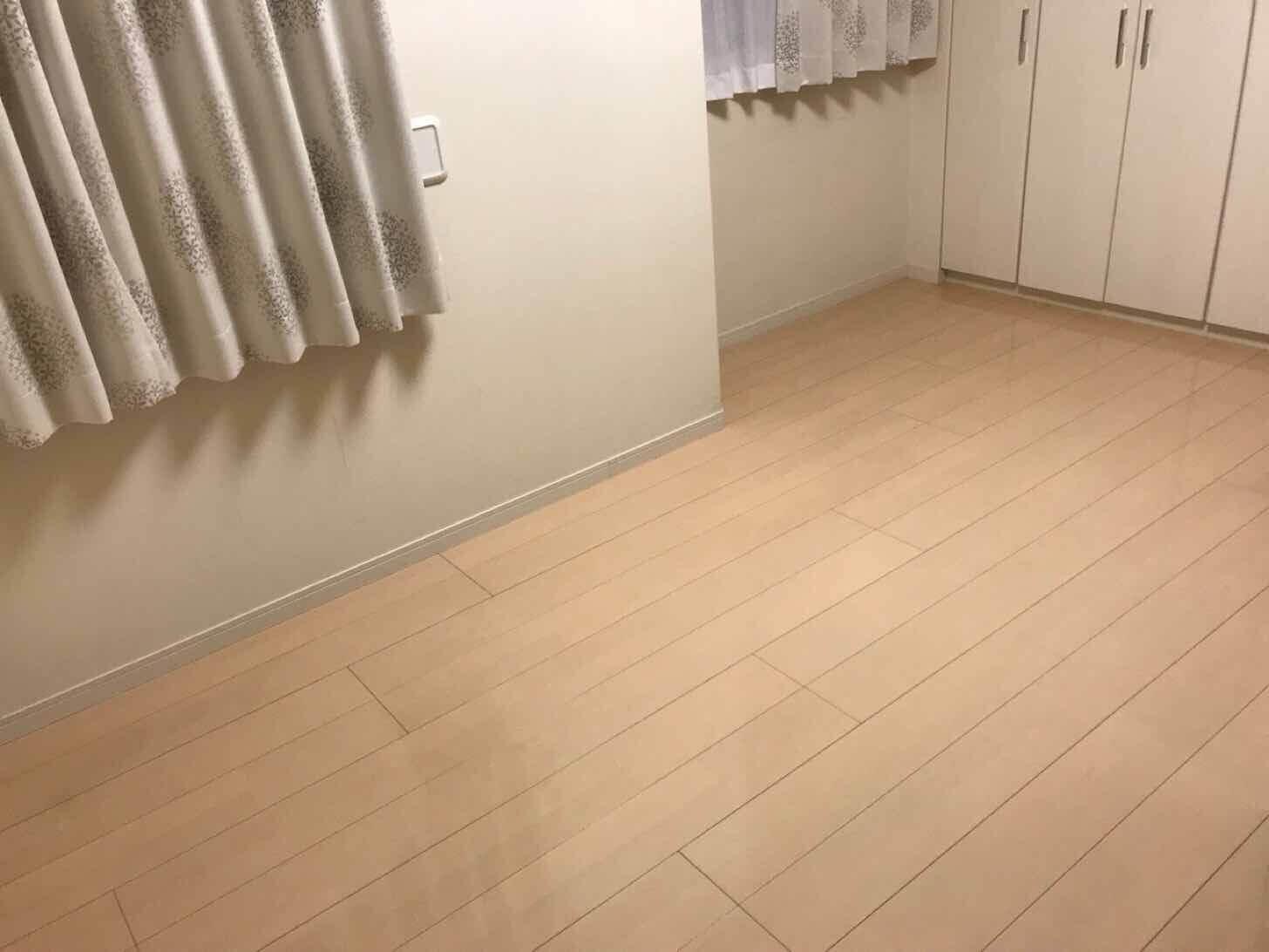 タイルカーペット-before部屋